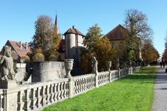 Weg-zum-Gartenhaus